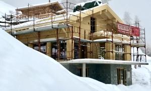 Chalet D under construction